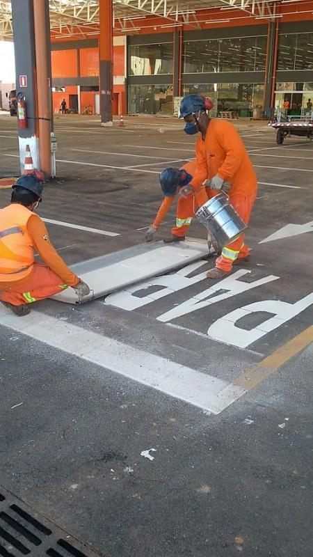 Sinalização de rodovias