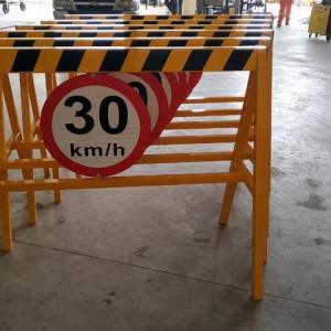 Cavaletes de sinalização de segurança